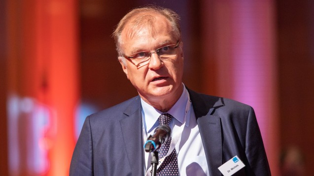 Dr. Klaus Michels (hier auf der Expopharm 2019) und der Apothekerverband Westfalen-Lippe kritisieren die ABDA für ihre Interpretation der Beschlusslage der Apothekerschaft. (Foto: Schelbert)