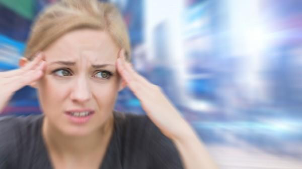 Grünes Licht gegen Migräne-Kopfschmerz