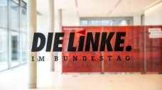 Ab ins Plenum: Die Linksfraktion im Bundestag hat einen Antrag vorgelegt, in dem sie sich für das Verbot des Rx-Versandhandels ausspricht. (Foto: Külker)