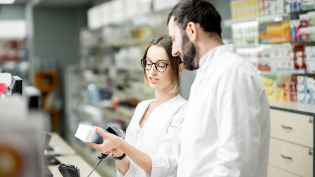 Am 9. Februar 2019 wird es noch keine verifizierungspflichtigen Arzneimittelpackungen in der Apotheke geben. Bei Bestandsware kann weiterhin wie gewohnt der Strichcode gescannt werden. (Foto: rh2010 / Stock.adobe.com)