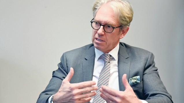 KBV-Chef Dr. Andreas Gassen will nicht, dass Krankenkassen homöopathische Arzneimittel erstatten. (c / Foto: imago images / tagesspiegel)