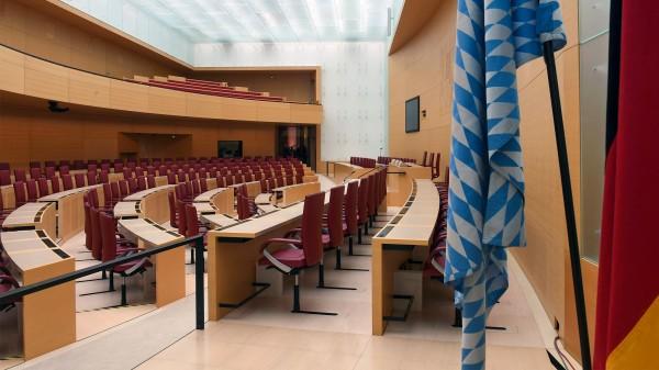 Bayerischer Landtag verdoppelt Ausgaben für Homöopathie-Studie
