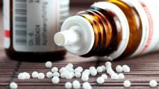 Künftig könnte es registrierte Homöopathika nur noch ohne Dosierangaben auf dem Markt geben. (Foto: B. Wylezich/Fotolia)