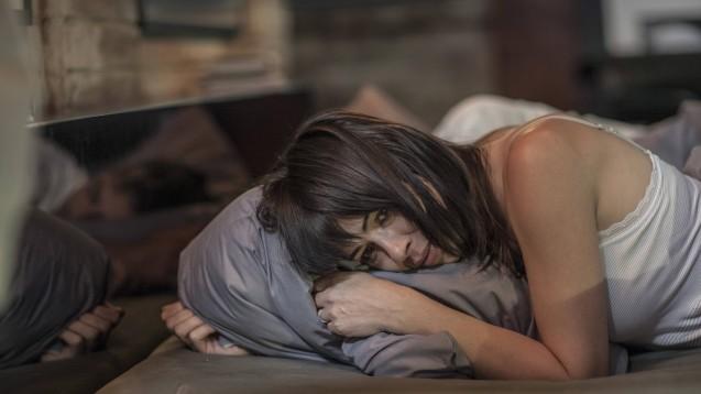 Eigentlich sollen Psychopharmaka auch dabei helfen, zur Ruhe zu kommen. Klagen Patienten über durchwachte Nächte unter Antidepressiva, sollten Apotheker hellhörig werden. (c / Foto: Imago)