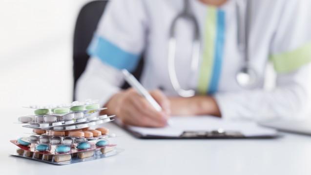 Statt vieler Blister kann der Arzt auch einen patientenindividuellen Blister verordnen. (Foto: Kaspars Grinvalds / Fotolia)