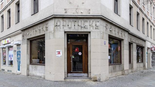 Der Deutschlandfunk ist auf das Apothekensterben aufmerksam geworden – und fragt nach den Hintergründen. (m / Foto: imago images / Arnulf Hettrich)