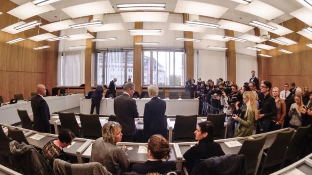 Die als Zeugen geladenen PTAs des beschuldigten Zyto-Apothekers verweigerten allesamt die Aussage. (Foto: HFD)