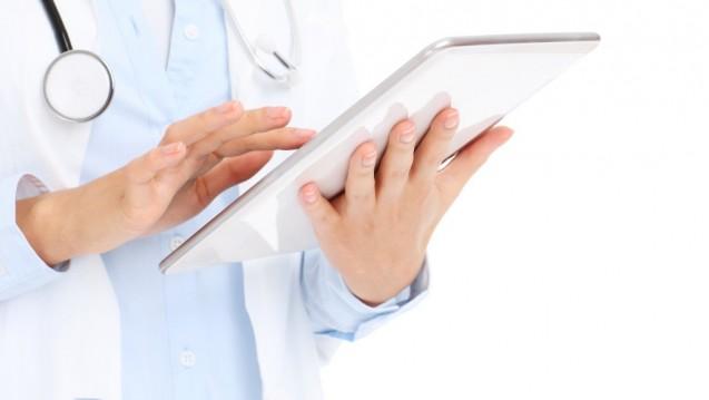 Rezept per Klick: In 17 Ländern in Europa brauchen Ärzte zum Verordnen kein Papier mehr. (s / Foto: karim / stock.adobe.com)