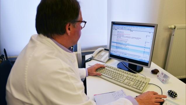 Viele e-Rezepte in Europa: In etwa einem Drittel von 36 europäischen Ländern verordnen Mediziner laut EHCI bereits elektronisch. (Foto: dpa)