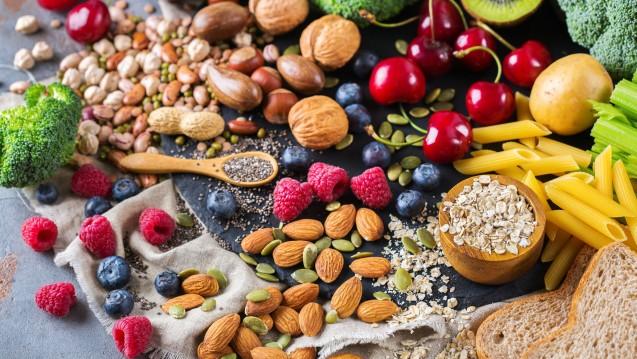 Vegane Ernährung ist ohne Frage gesund, aber Vitamin B12 muss supplementiert werden. (m / Foto: aamulya / stock.adobe.com)