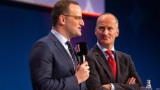 ABDA-Präsident Friedemann Schmidt (r.) hat Verständnis dafür, dass seine Kollegen das geplante Gesetzespaket von Bundesgesundheitsminister Jens Spahn (CDU) kritisch sehen. (s / Foto: Schelbert)