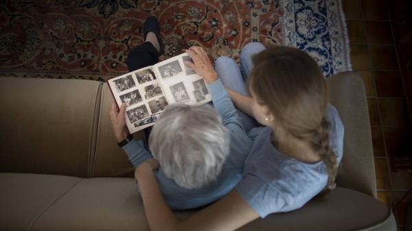 Bundesregierung will mehr für Menschen mit Demenz tun