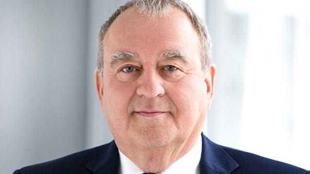 Für DAV-Chef Fritz Becker gibt es keinen Zweifel: Arzneimittel gehören in Apotheker-Hand und haben in Automaten nichts zu suchen. (r / Foto: LAV)
