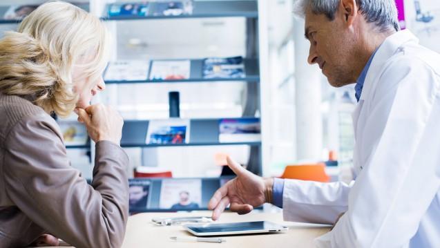 Die Unternehmensberatung Pricewaterhouse Coopers hat die Deutschen zu Ihrer Meinung über das Gesundheitswesen befragt. ( r / Foto: Imago)