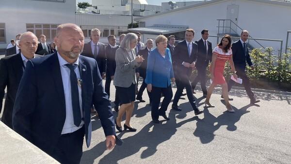 """Merkel: """"Das ist gelebte soziale Marktwirtschaft"""""""