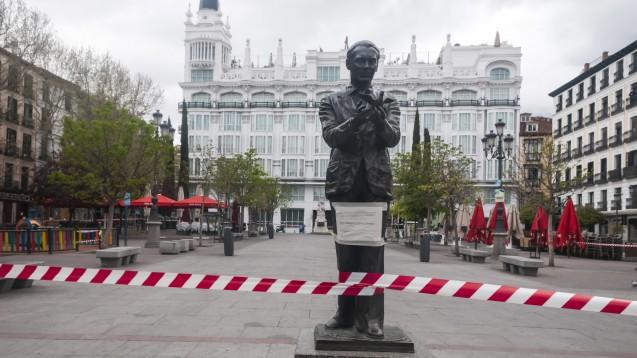 Madrid: Die spanische Regierung hat den Ausnahmezustand wegen des Coronavirus SARS 2 erklärt. Die Bevölkerung steht 15 Tage zu Hause unter Quarantäne. Auch hierzulande ist das nun denkbar. (Foto: picture alliance/Geisler-Fotopress)