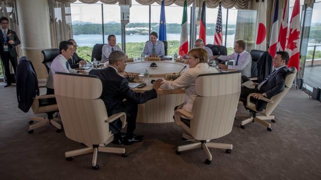 Schwaches Ergebnis: Die G7-Staaten, hier die Regierungschefs beim Gipfeltreffen am Donnerstag im japanischen Ise-Shima,  haben es nicht geschafft, die Gesundheitsversorgung zu verbessern, kritisieren NGOs. (Foto: dpa)
