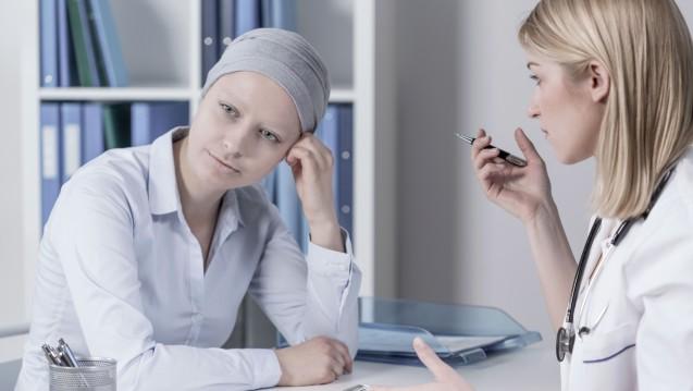 Keine leichte Entscheidung: Welche Chancen bringt und welche Risiken birgt eine Chemotherapie? (Foto: Photographee.eu / Fotolia)