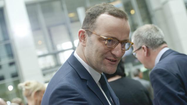 Bundesgesundheitsminister Jens Spahn fordert die Krankenkassen auf, ihre Beiträge abzusenken. (Foto: Külker)