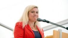 Laut Bayerns Gesundheitsministerin Melanie Huml (CSU) hat das Bundeswirtschaftsministerium Einspruch gegen das geplante Apotheken-Stärkungsgesetz eingelegt. (Foto: imago images/Alexander Pohl)