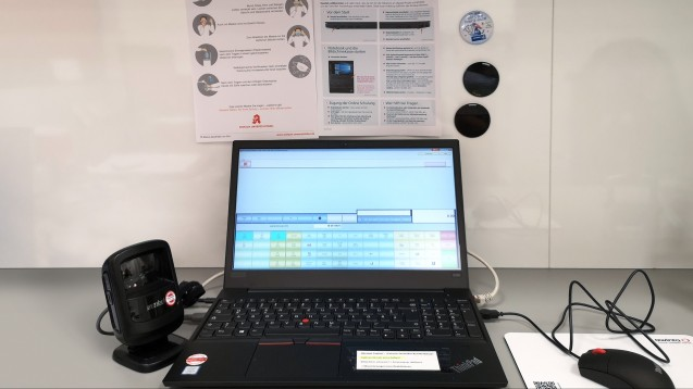 Der Dienstleistungskonzern Noventi verteilt derzeit Laptops an Apotheken, damit diese an dem E-Rezept-Projekt mit der Techniker Krankenkasse teilnehmen können. (Foto: Noventi)