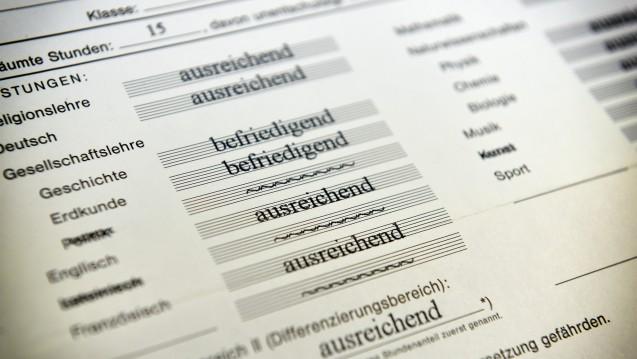 Selbst Schlechtes kann schöngeredet werden: Nicht nur Schüler, sondern auch Forscher und Firmen berichten nicht immer objektiv über die Ergebnisse ihrer Arbeit. (Foto:Dirk Vorderstraße / Flickr,CC BY 2.0)