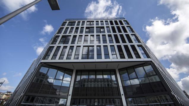 Der Pharmahandelskonzern McKesson Europe (ehemals Celesio, hier die Konzernzentrale in Stuttgart) hat zwei Unternehmen in Österreich und Frankreich übernommen. (Foto: Imago)
