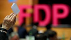 Wollte die FDP Bayern alle Regulierungen im Arzneimittel-Versandhandel aufheben? Ein missverständlicher Passus im Wahlprogramm konnte verhindert werden. (Foto: dpa)
